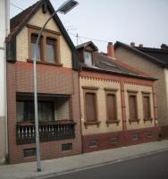 1 bis 2 Familienhaus Saarbücken - Altenkessel