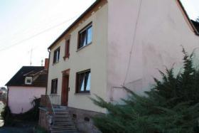 Foto 2 1-2 Familienhaus mit toller Aussicht zu verkaufen