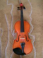 Foto 2 1/2 Geige, schöne Manufaktur, rötlicher Lack
