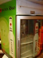 1 Bacardi-Kühlschrank mit Glastüre