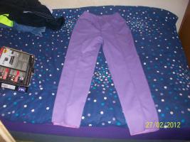 1 Damen Hose Lila in der Größe 40