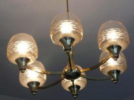 1 Deckenlampe Messing und 1 Deckenlampe mit Holz und 1 Wandlampe