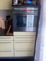 1 Jahr alte Küchenzeile mit Juno und Miele Geräten