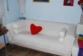 1 Sofa kostenlos zu vergeben