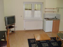 Foto 2 1 Zimmerwohnung mit Dusche/WC