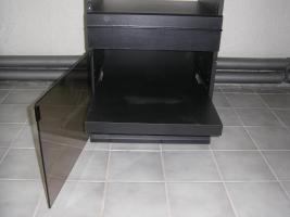 Foto 2 1 gebrauchter Phonoschrank abzugeben, mit aufklappbarem Glasdeckel für Plattenspieler und Glastüren mit aufklappbarem Glasdeckel für Plattenspieler und Glastüren