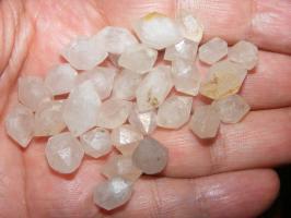 10 Stück SSuttroper Diamanten nur 7.-€ kleine schöne Quarze