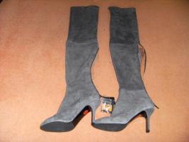Foto 10 11 Paar Damenschuhe und Stiefeletten größe 39-40 alle nagelneu güstig zu verkaufen