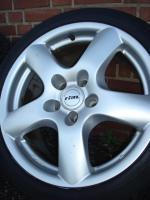 118 ''Rial Felgen Audi A4 A5 S5 Q5 A7 Stecker 5x112-Set (320)  Ich habe eine Reihe Gebrauchte Rial Felgen mit vernünftigen Reifen 18 Zoll Legen 5x112. ein Reifen muss die Felgen ersetzt werden Benutzerspurensporen, hier und da einige Schäden.  Hinweis ...