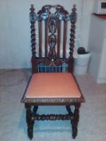 12 Antike Stühle