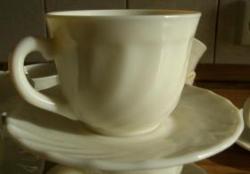 12 Kaffeetassen mit Untertellern