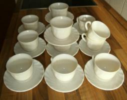 Foto 2 12 Kaffeetassen mit Untertellern