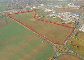 13 Hektare Gewerbegebiet bei der Mercedes Fabrik in Kecskemét, Ungarn