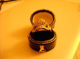 Foto 4 18 Karat Ring, gelb- und Weißgold mit Steinen