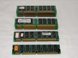 19x SDRAM Arbeitsspeicher Infineon Samsung von 64mb bis 128mb