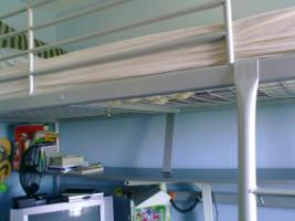 Foto 3 2 in 1 Hochbett + Schreibtisch