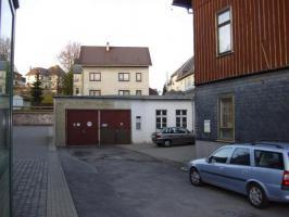 Foto 3 2 FHs. mit Laden o. Lager, 2 Garagen, 3 Kfz.-Stellpl. auf Mietkaufbasis