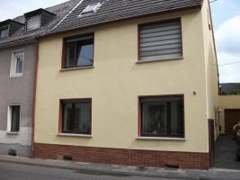 2 Familienhaus Renovierungsbedürftig von Privat zu Verkaufen
