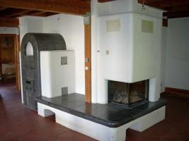 Foto 2 2-Familienhaus mit zusätzlicher Einliegerwohnung