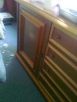 2 Gut erhaltene Sideboards  günstig abzugeben. Tel: 01735369443