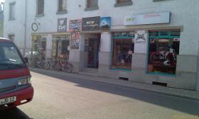 2 Ladenlokale zu vermieten