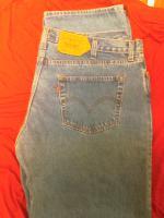 2 Levi'S Jeans