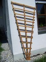 Foto 2 2 Rankgitter aus lackiertem Holz