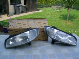 2 Scheinwerfer für Opel Omega B, Rechts und Links Marke Hella