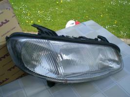 Foto 3 2 Scheinwerfer für Opel Omega B, Rechts und Links Marke Hella