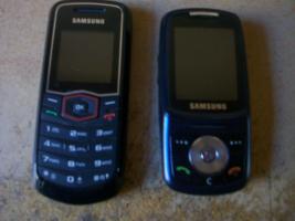 2 Sehr gut erhaltene Samsung Handys G�nstig abzugeben.