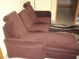Foto 2 2-Sitzer Sofa mit linksseitigem Canapee, Trendfarbe: Mocca