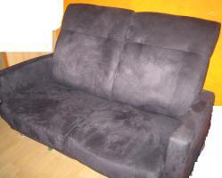2-Sitzersofa aus Velure mit teilbarer, umklappbarer Lehne