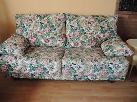 Foto 2 2 Sofas, 2-sitzer, Blumenmuster, mit Wechselbezügen weiß