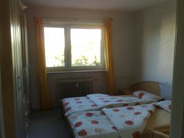 Foto 3 2 ZW Küche Bad m. Wanne Balkon hell 55 qm, 532 € Warm PROVISIONSFREI