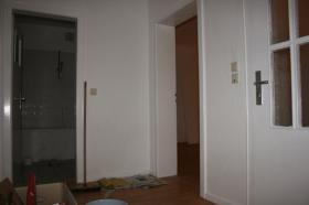 Foto 5 2 Zimmer + Küche/Diele/Bad mit Badewanne