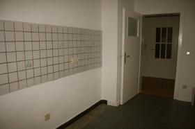 Foto 6 2 Zimmer + Küche/Diele/Bad mit Badewanne
