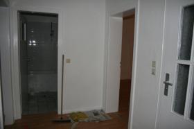 Foto 8 2 Zimmer + Küche/Diele/Bad mit Badewanne