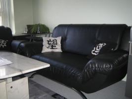 Foto 3 2 Zweisitzer, schwarz, Lederimitat