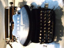 2 alte Schreibmaschine