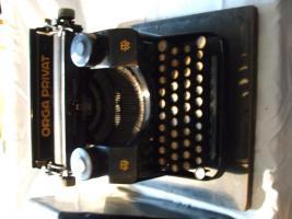 Foto 2 2 alte Schreibmaschine