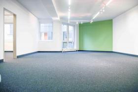 2 frisch renovierte Büroräume in Berlin Kreuzberg