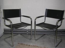 2 gebrauchte Stühle abzugeben