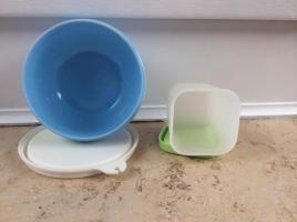 Foto 2 2 kleine Tupperware Döschen mit Deckel