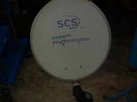 Foto 2 2 satellitenschüsseln