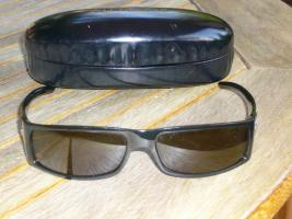 Foto 2 2 tolle Gucci Damensonnenbrillen Guter Zustand anrufen lohnt Sich.