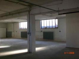 210 m² Betriebs-Lagerfläche