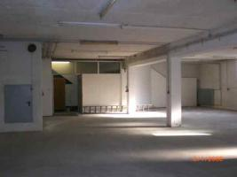 Foto 2 210 m² Betriebs-Lagerfläche