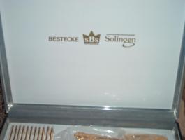 Foto 3 23/24 Karat vergoldetes Geschirrmaschinen geeignetes für 12 Personen Besteck