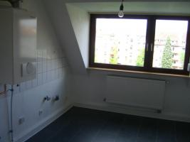 Foto 2 2ZKB-Dachwohnung in Ludwigshafen-Hemshof