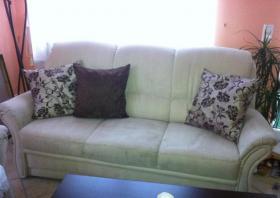 Foto 2 2 & 3 Sitzer Sofa in Alcantara